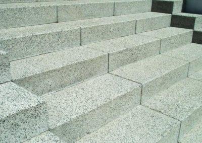 Bild von Außentreppe aus Granit